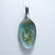 Large Spoon Pendant #01, Sage and Teal burst